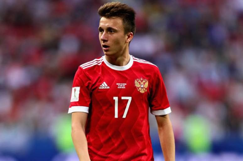 Dziwne zachowanie reprezentanta Rosji na pytanie o Milan