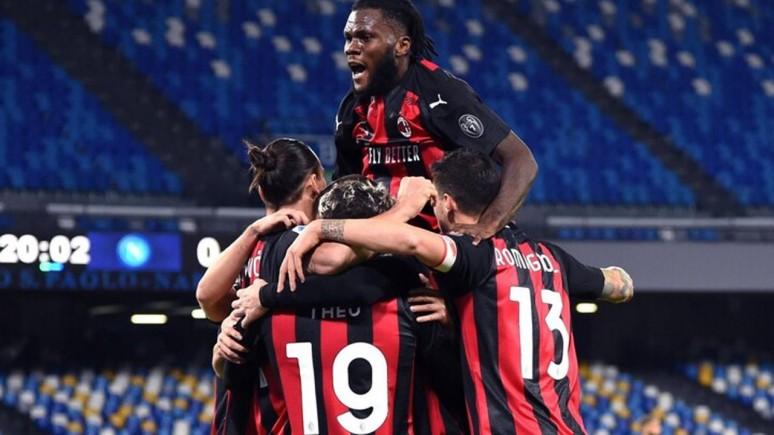 Podtrzymać formę i zatrzymać Polaka. Milan Napoli - zapowiedź meczu.