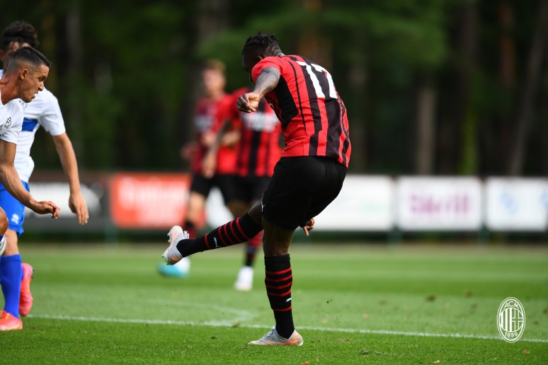 AC Milan vs ProSesto - pewne zwycięstwo