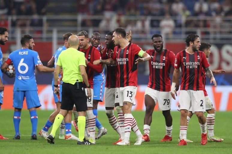 Porażka w doliczonym czasie - podsumowanie spotkania Milan 1:2 Atletico